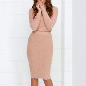Lulu's two-pc. blush pink crop sweater skirt set